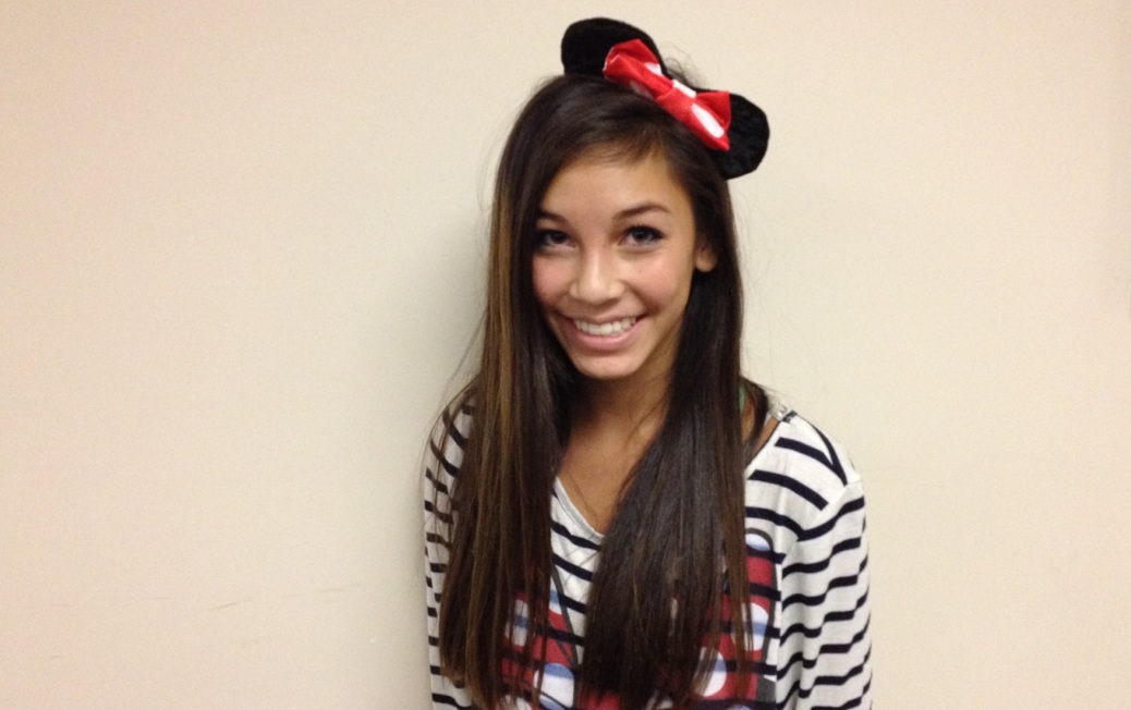 Freshman Olivia Nguyen dresses up as Minnie Mouse to show her school spirit.