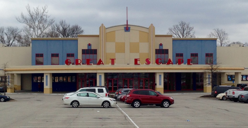 Movies & Showtimes for Regal Albany 7 Cinemas Buy movie tickets online. Select a helmbactidi.gaon: SE Waverly Drive Albany, OR.