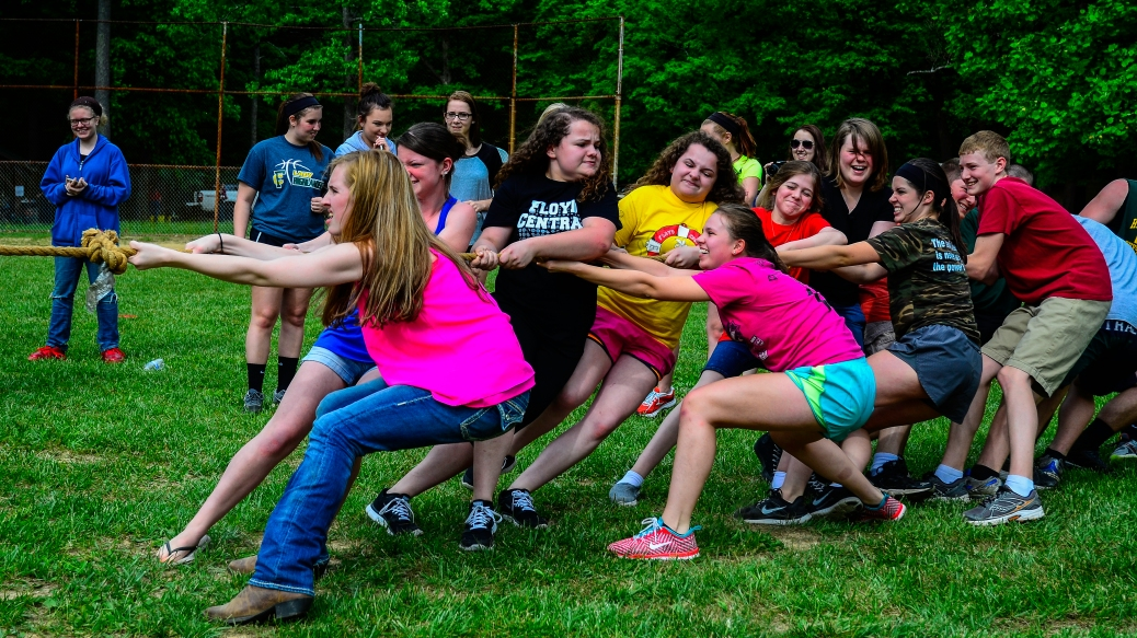 Students taking Spanish pull to their best ability in an attempt to win the tug-of-war.