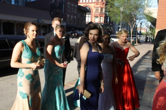 A prom group arrives by limo to the Convention Center. Photo by Alaina King.