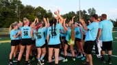 Juniors display spirt of good sportsmanship by getting pumped for next year. Photo by Robert Wormley