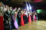 Seniors line up awaiting the announcement of prom king and queen. Photo by Eleni Pappas.